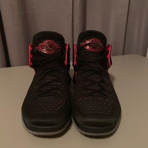 Gently used Air Jordan Men's Size 14